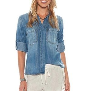 Cloth & Stone Split Tail Button Up Denim Blouse Sm